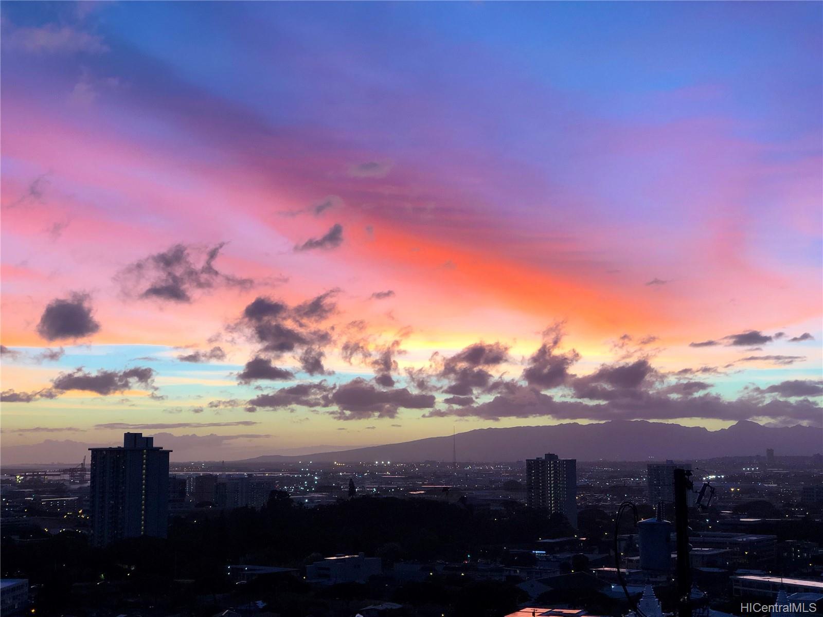132  Prospect Street Punchbowl Area, Honolulu home - photo 22 of 25