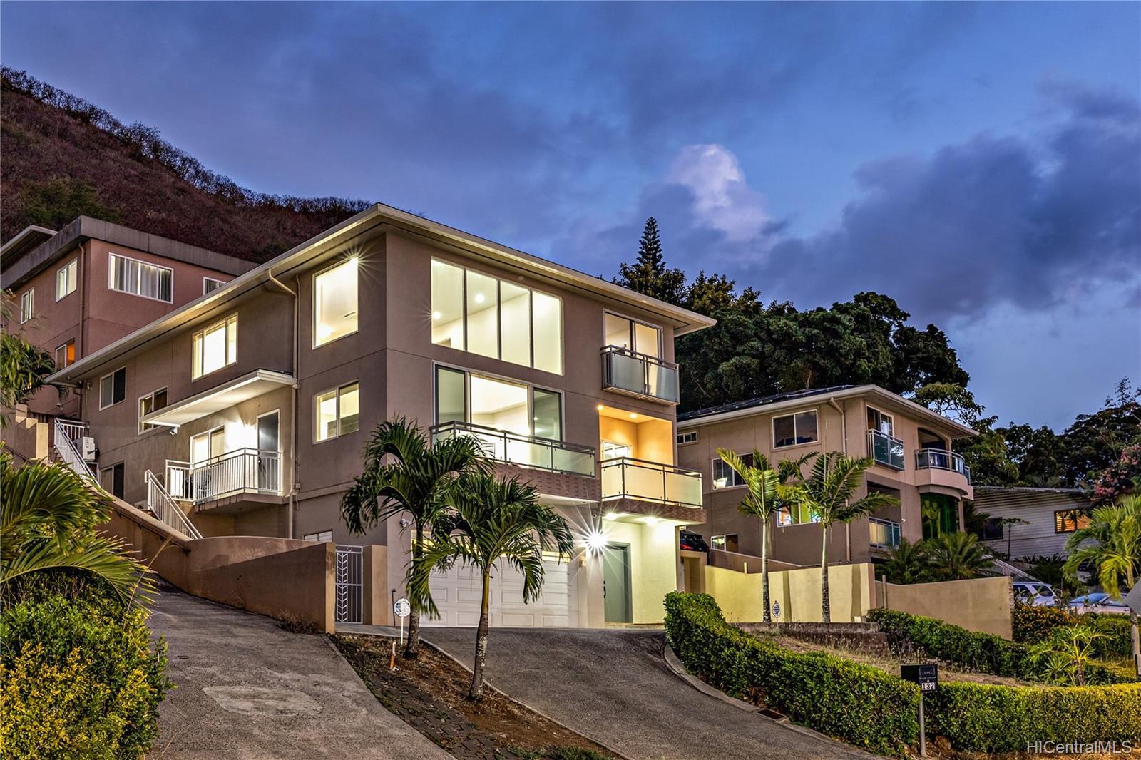 132  Prospect Street Punchbowl Area, Honolulu home - photo 23 of 25