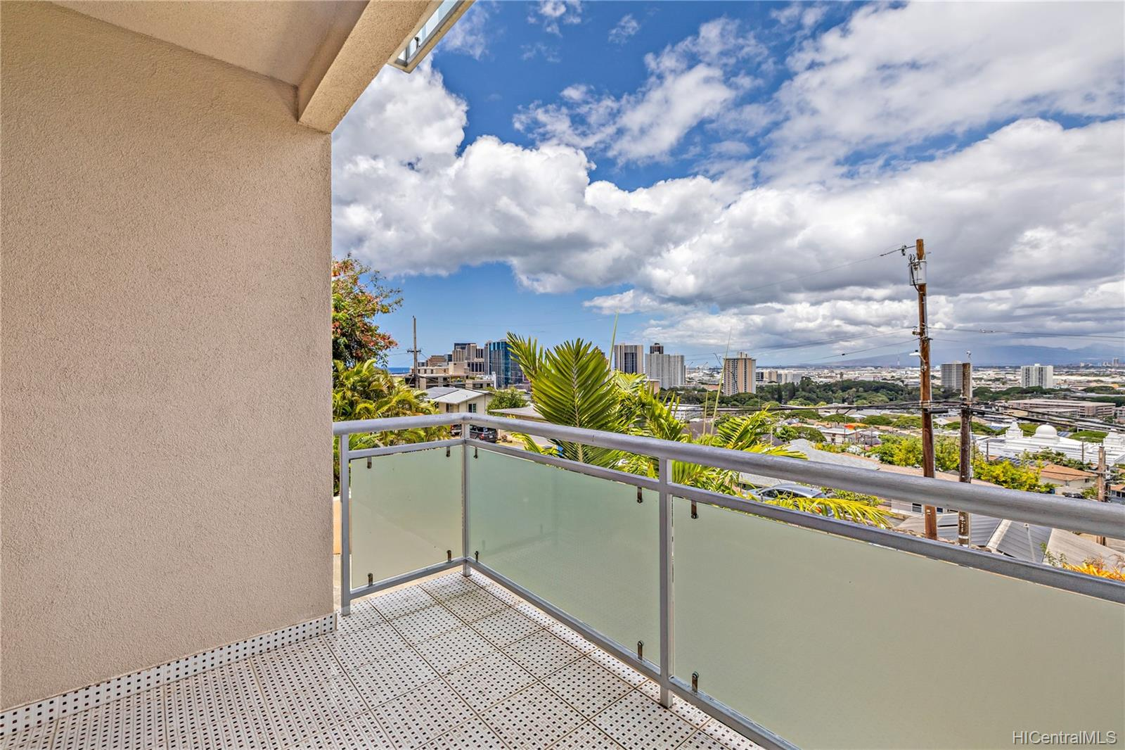 132  Prospect Street Punchbowl Area, Honolulu home - photo 10 of 25