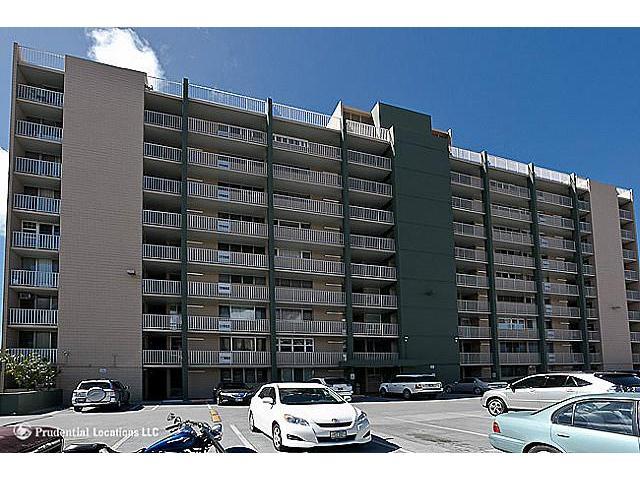 Matlock Hale condo #504, Honolulu, Hawaii - photo 1 of 10