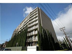 Matlock Hale condo #304, Honolulu, Hawaii - photo 1 of 13
