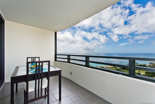 Nauru Tower condo # 2401, Honolulu, Hawaii - photo 15 of 22
