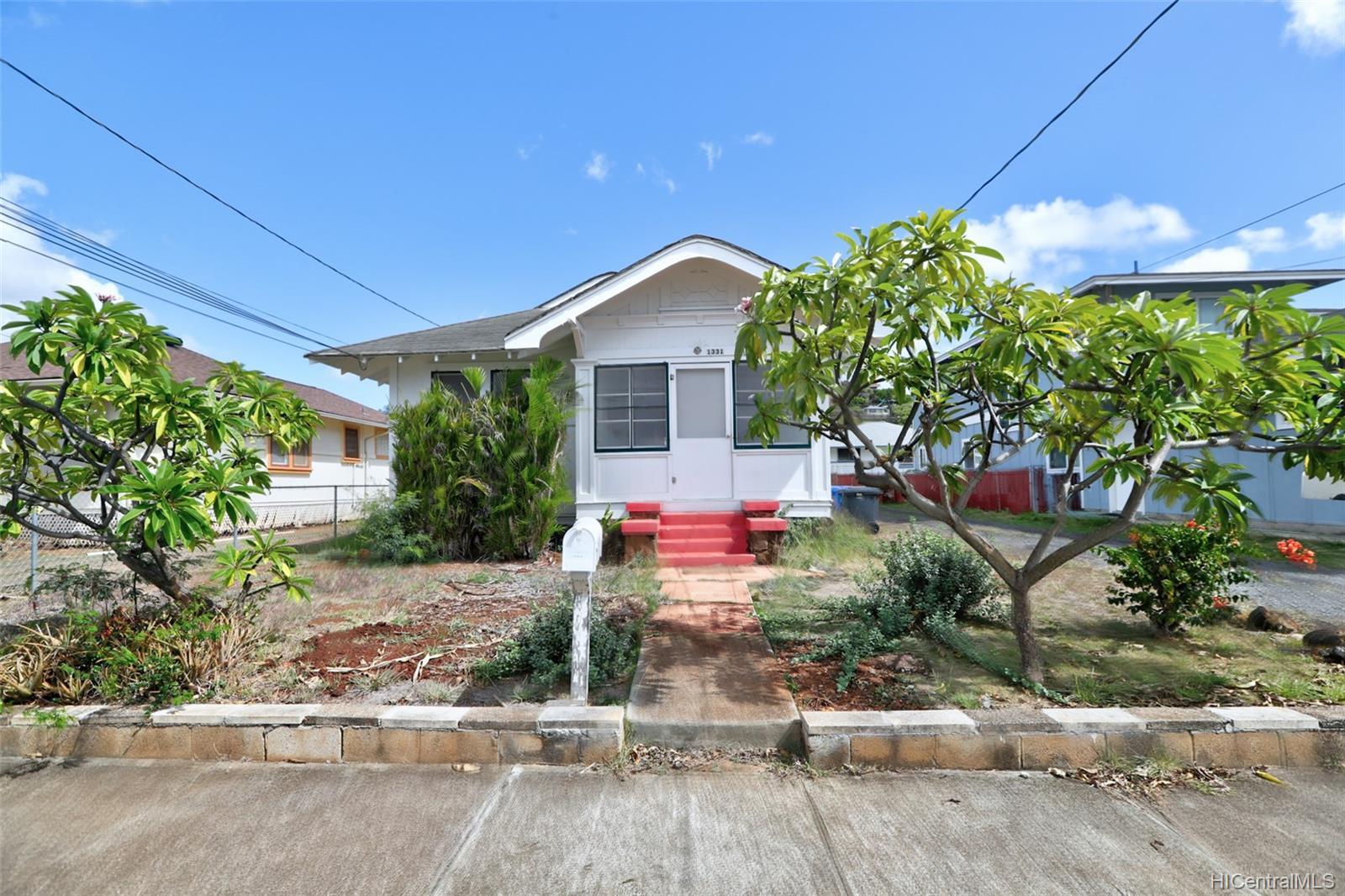 1331  9th Ave Palolo, Diamond Head home - photo 4 of 25