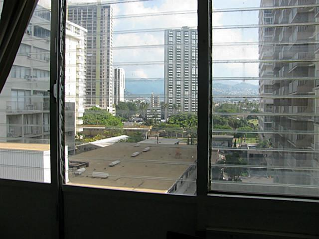 Waikiki Grand Hotel condo # 620, Honolulu, Hawaii - photo 15 of 15