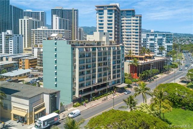 Waikiki Grand Hotel condo # 716, Honolulu, Hawaii - photo 4 of 13