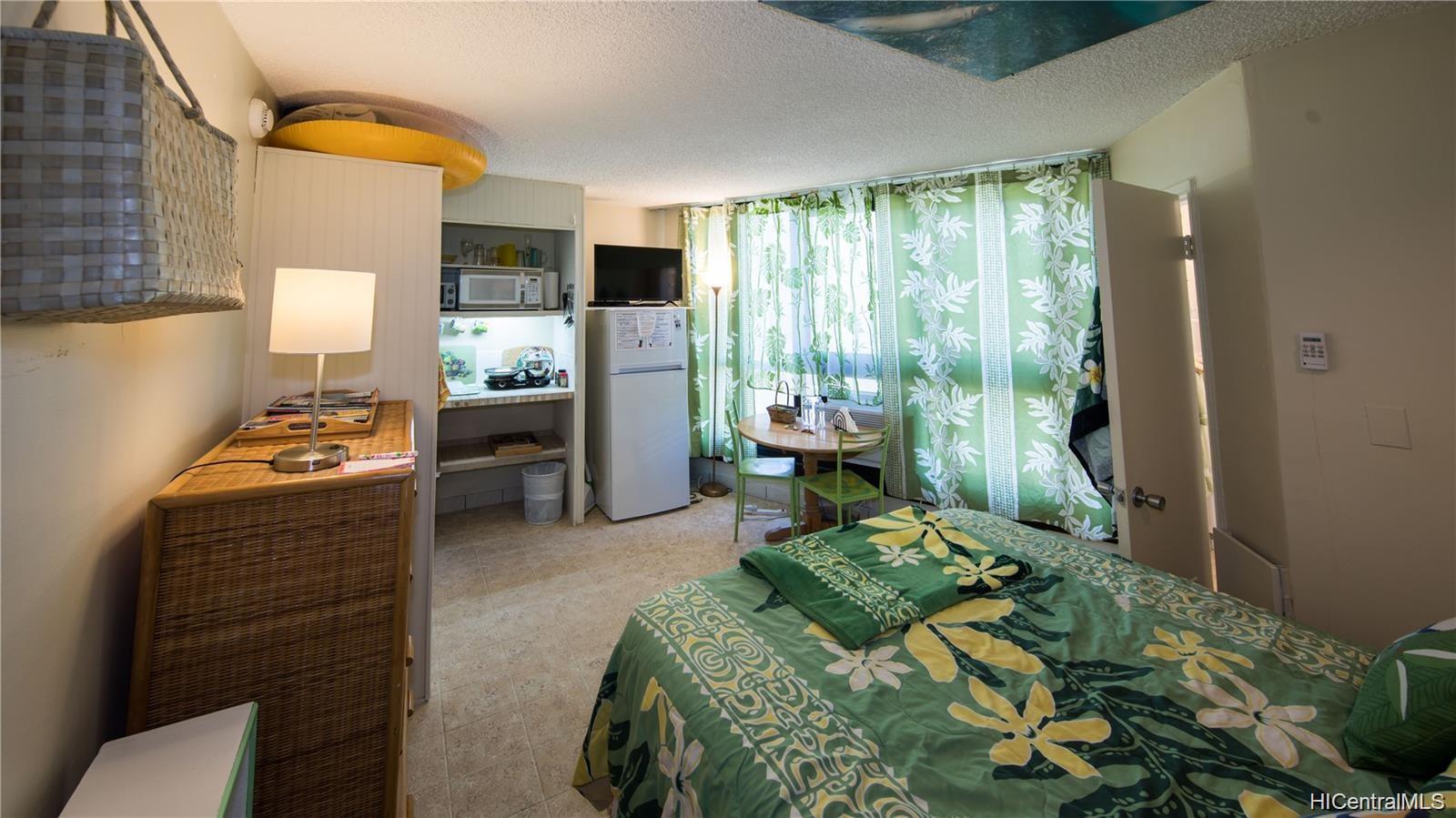 Waikiki Grand Hotel condo # 817, Honolulu, Hawaii - photo 8 of 25