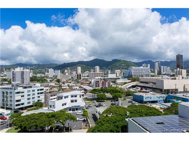 Uraku Tower Hawaii condo # 10D, Honolulu, Hawaii - photo 15 of 18
