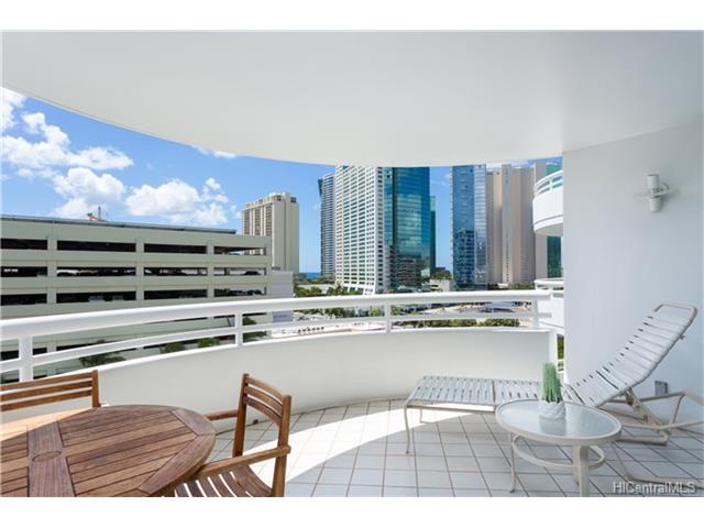 Uraku Tower Hawaii condo # 10D, Honolulu, Hawaii - photo 4 of 18