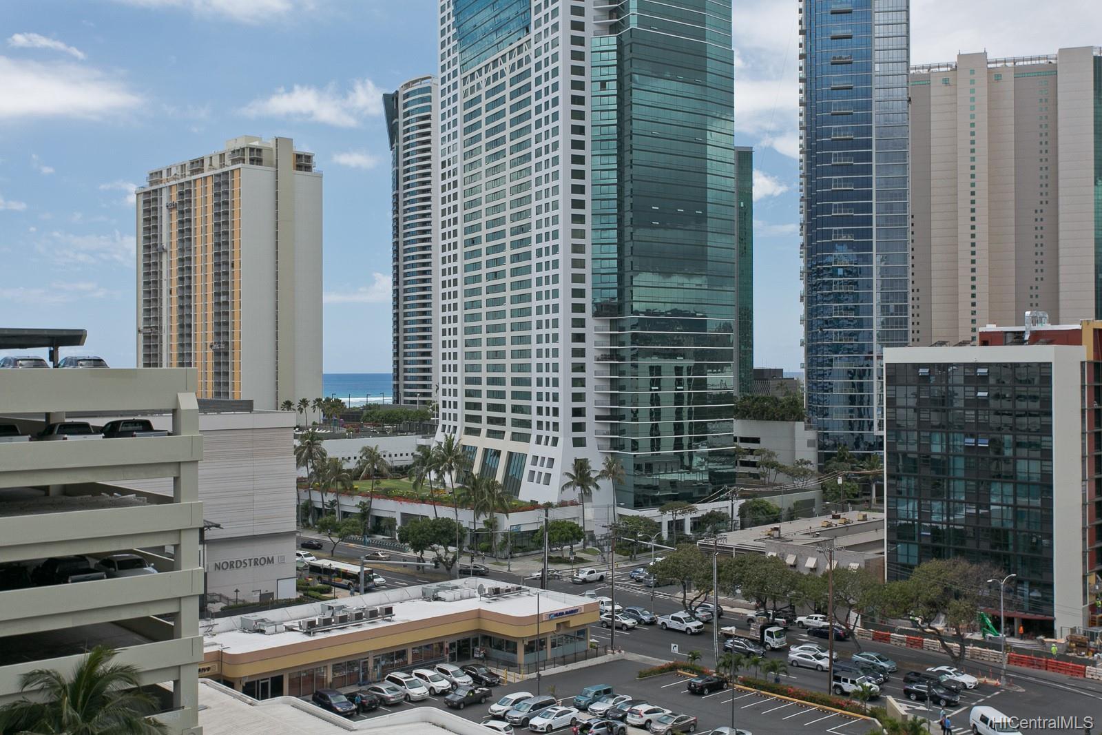 Uraku Tower Hawaii condo # 12D, Honolulu, Hawaii - photo 4 of 17