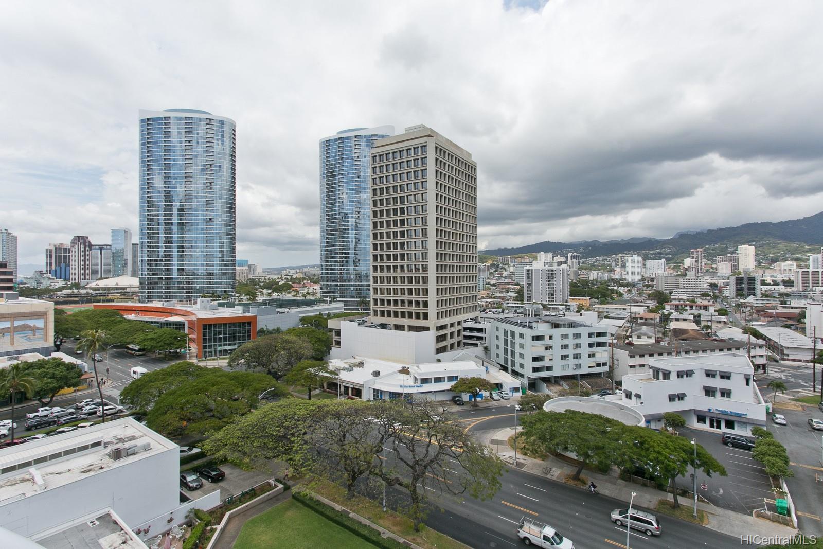 Uraku Tower Hawaii condo # 12D, Honolulu, Hawaii - photo 9 of 17