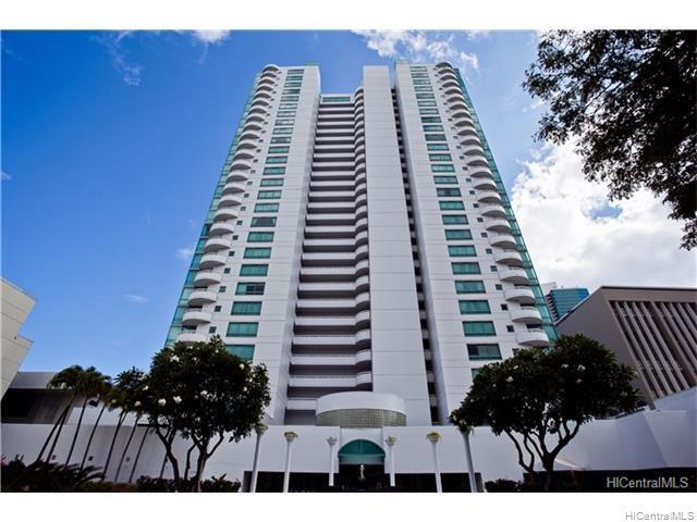 Uraku Tower Hawaii condo #27C, Honolulu, Hawaii - photo 1 of 25