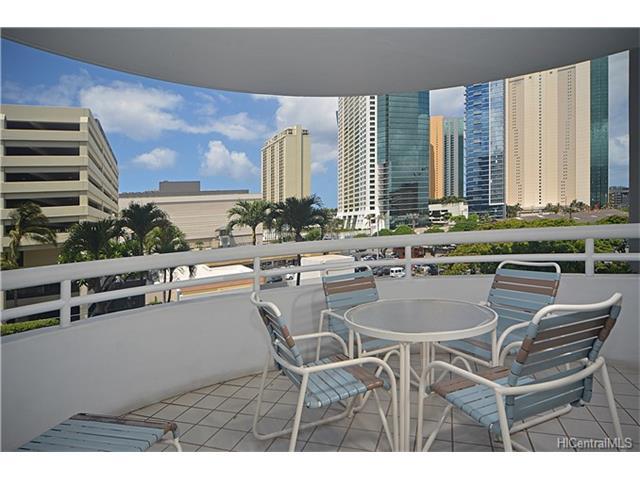 Uraku Tower Hawaii condo # 6A, Honolulu, Hawaii - photo 2 of 25