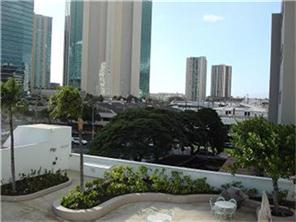 Uraku Tower Hawaii condo # 6B, Honolulu, Hawaii - photo 5 of 12