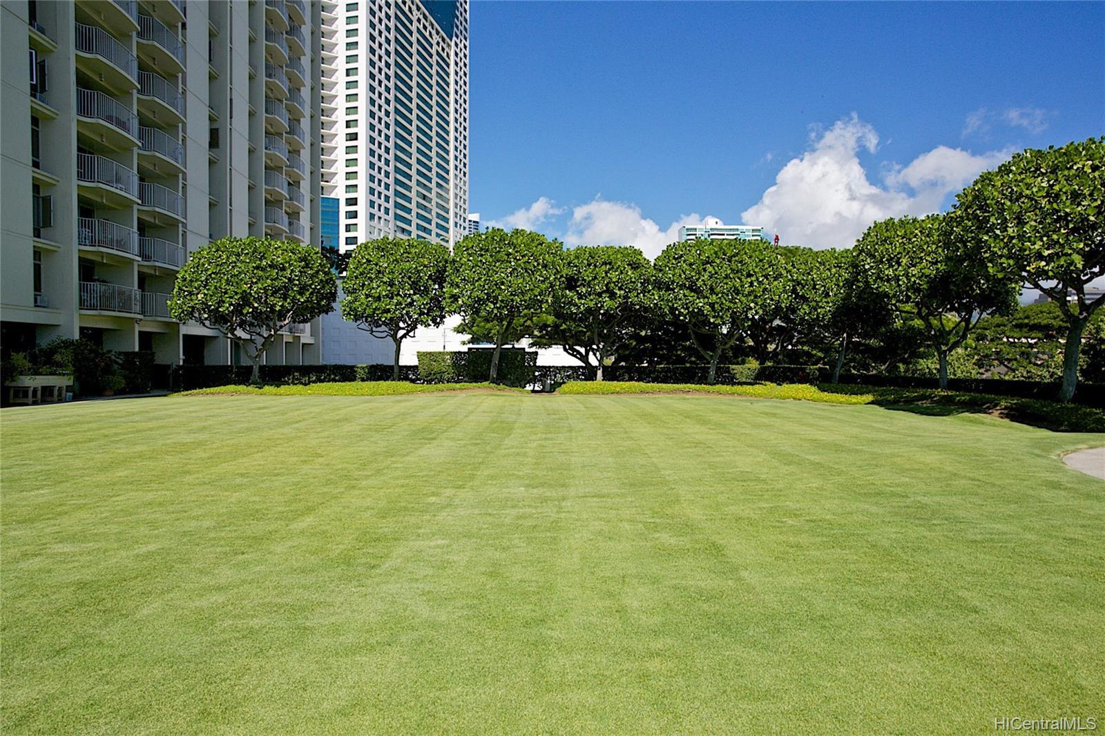 1350 Ala Moana condo # 608, Honolulu, Hawaii - photo 18 of 25