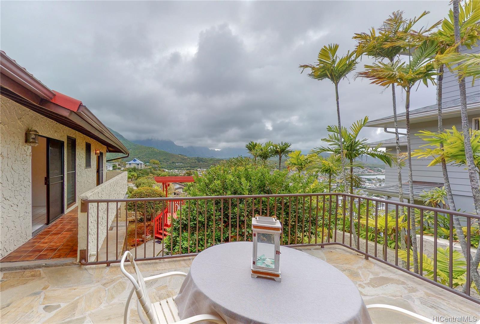 1380  Aupula Place Hillcrest, Kailua home - photo 8 of 25