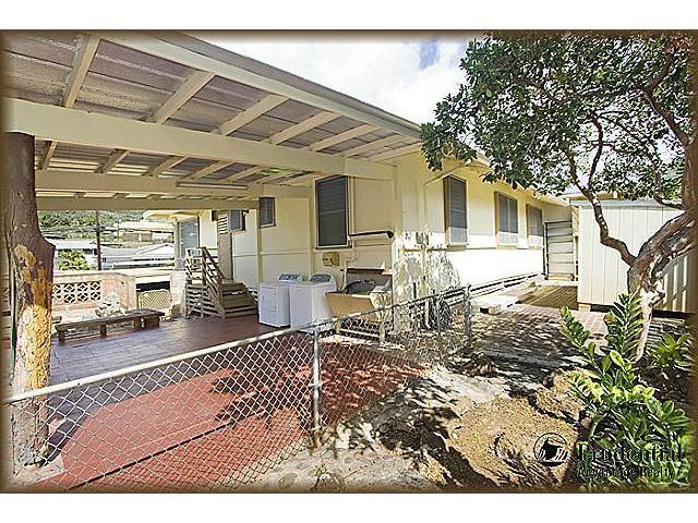 1398  Halekoa Dr Waialae Nui-lwr, Diamond Head home - photo 16 of 20
