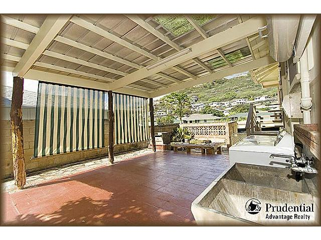 1398  Halekoa Dr Waialae Nui-lwr, Diamond Head home - photo 17 of 20