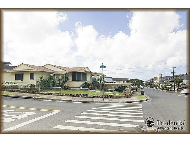 1398  Halekoa Dr Waialae Nui-lwr, Diamond Head home - photo 20 of 20