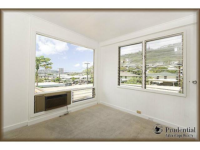 1398  Halekoa Dr Waialae Nui-lwr, Diamond Head home - photo 7 of 20