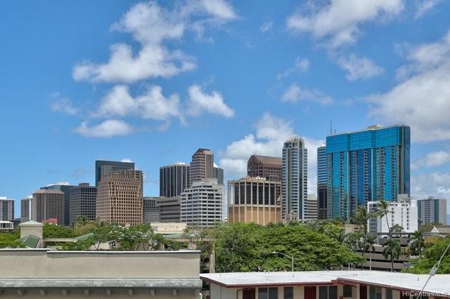 Lusitana Gardens condo # 405, Honolulu, Hawaii - photo 10 of 21