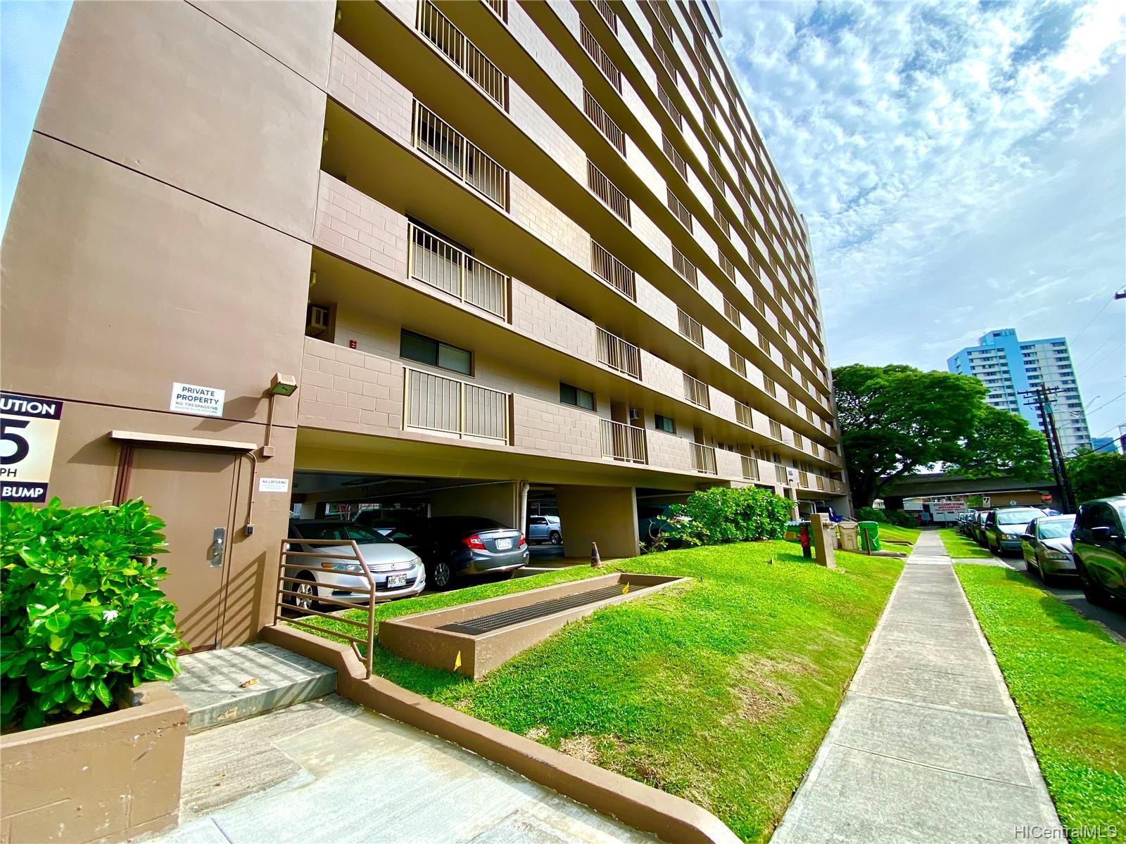 Luna-Liho Towers condo # 305, Honolulu, Hawaii - photo 17 of 17