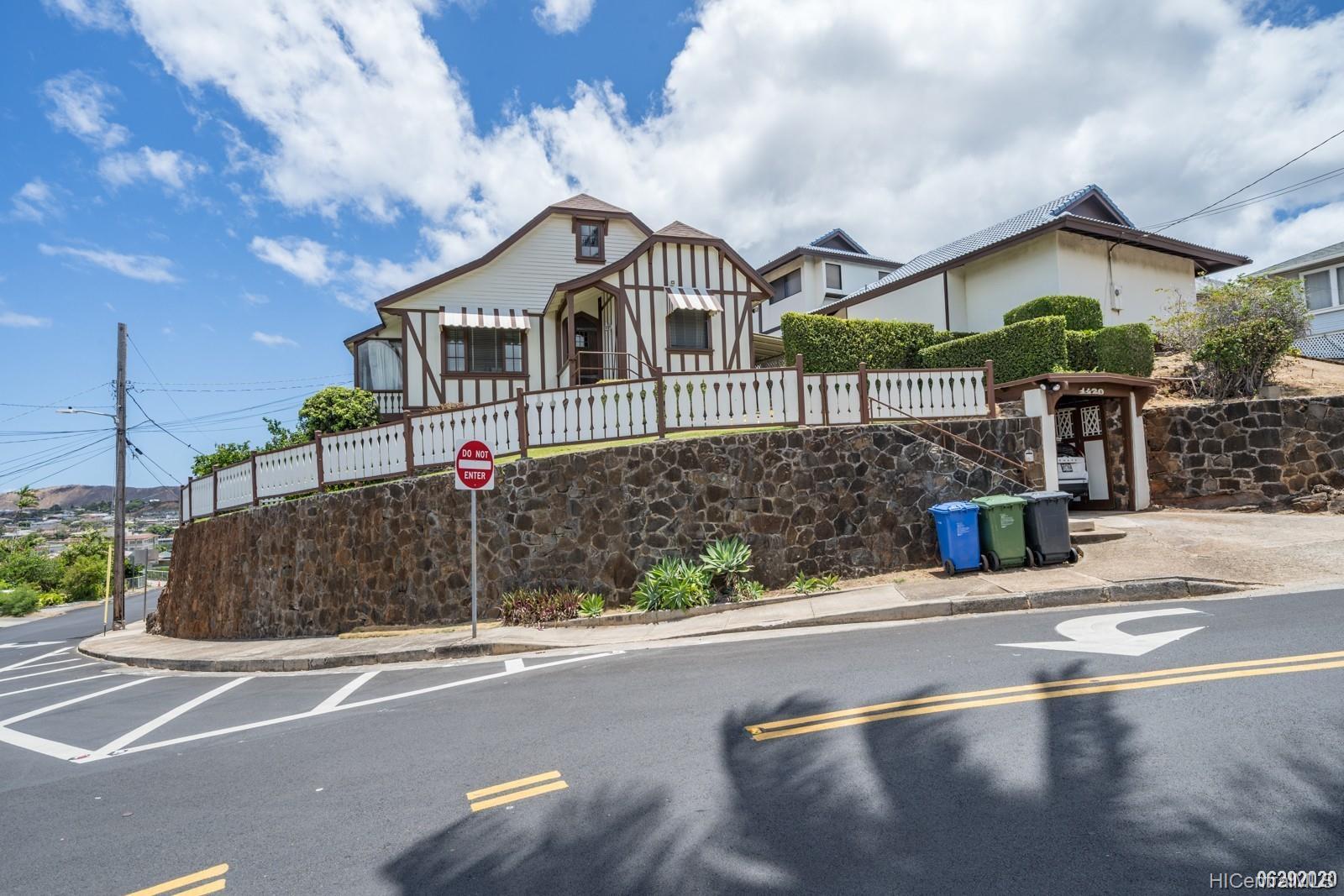 1420 Koko Head Ave Honolulu - Rental - photo 1 of 24