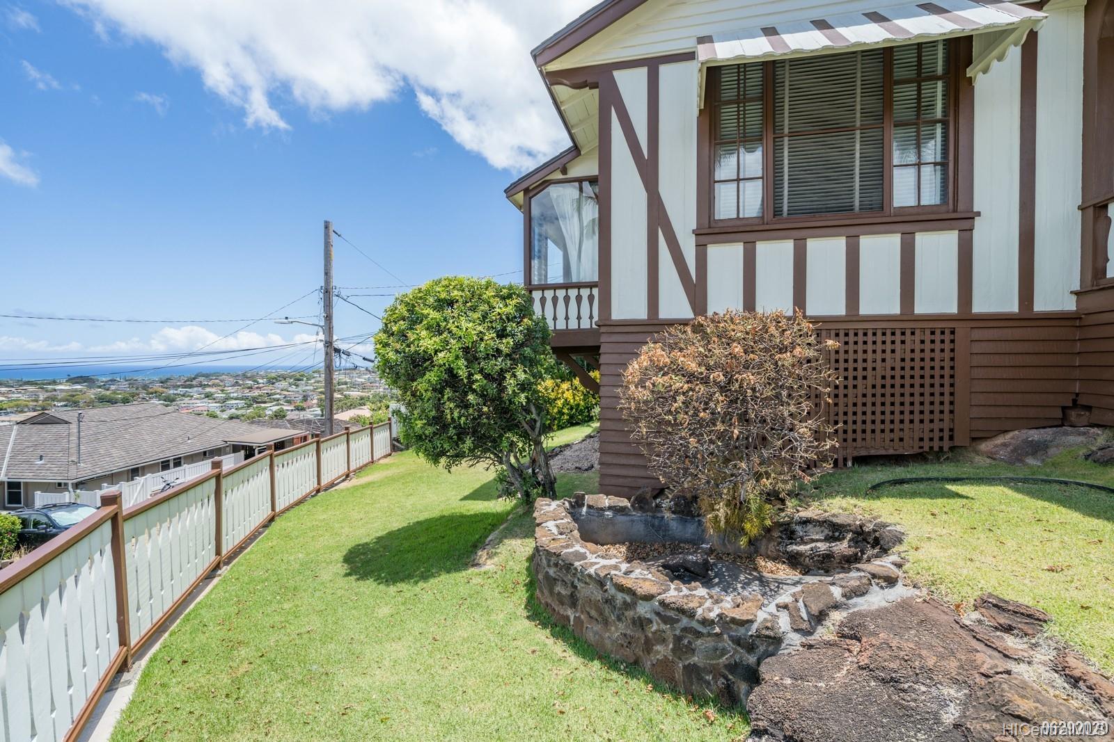 1420 Koko Head Ave Honolulu - Rental - photo 4 of 24
