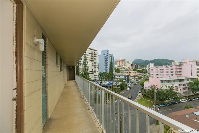 Victoria Towers condo # 1002, Honolulu, Hawaii - photo 9 of 12