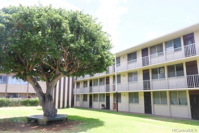 Bishop Gardens condo #D230, Honolulu, Hawaii - photo 1 of 24