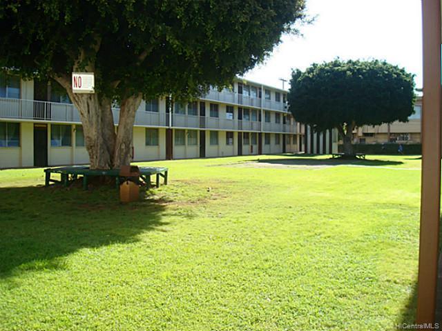Bishop Gardens condo #D333, Honolulu, Hawaii - photo 1 of 14