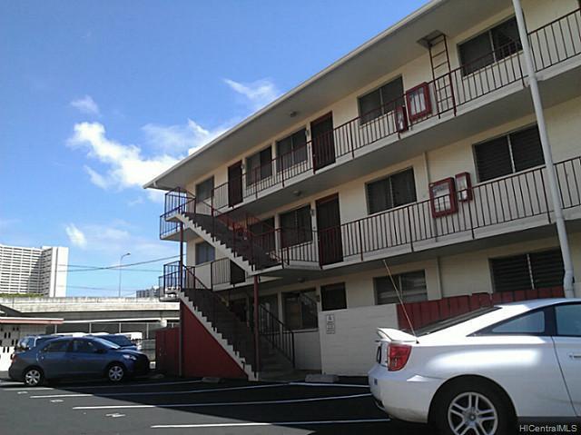 1426 Keeaumoku condo #, Honolulu, Hawaii - photo 1 of 8