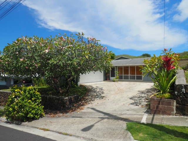 1436  Kupau St Keolu Hills, Kailua home - photo 13 of 25