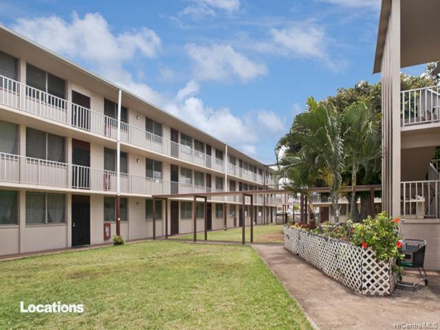 Bishop Gardens condo #E337, Honolulu, Hawaii - photo 1 of 10