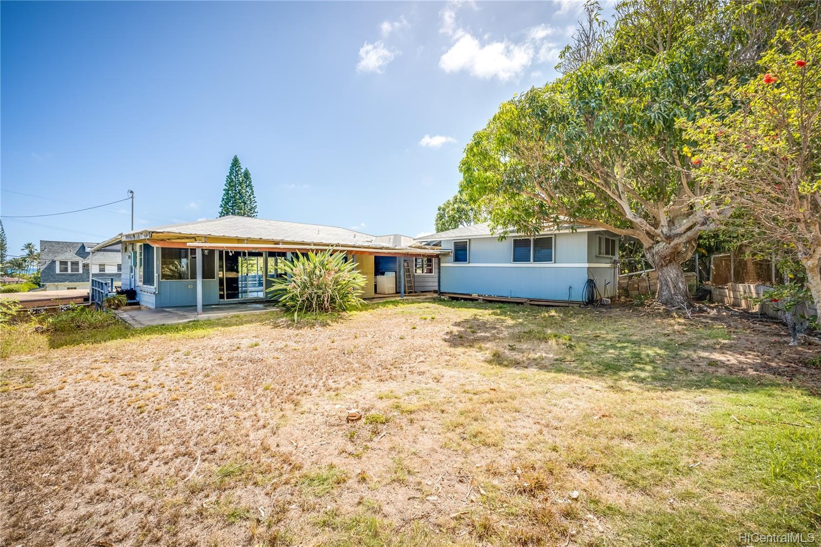 1445  Mokolea Drive Lanikai, Kailua home - photo 10 of 25