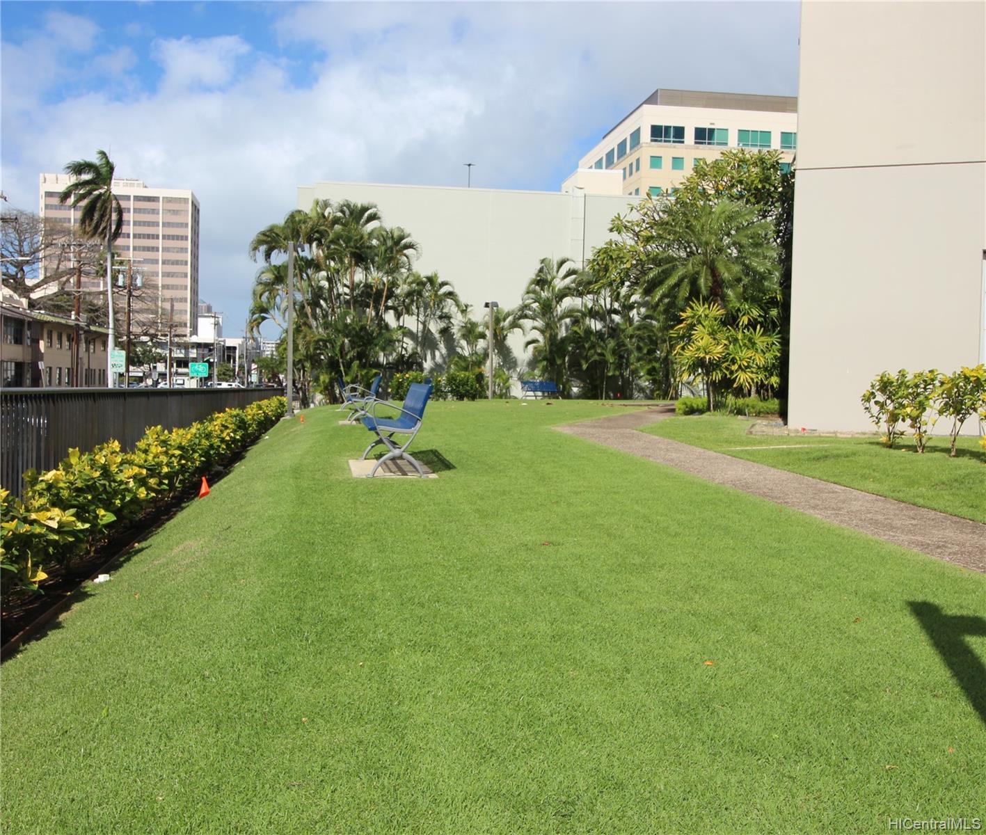 1448 Young St condo # 1802, Honolulu, Hawaii - photo 18 of 22