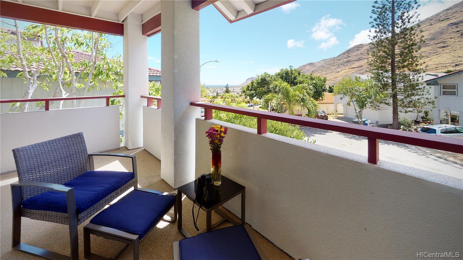 1489  Honokahua Street Kalama Valley, Hawaii Kai home - photo 2 of 25