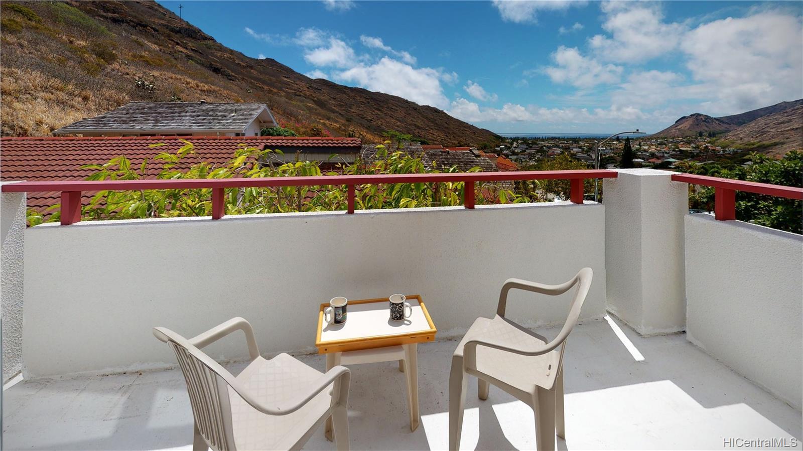 1489  Honokahua Street Kalama Valley, Hawaii Kai home - photo 15 of 25