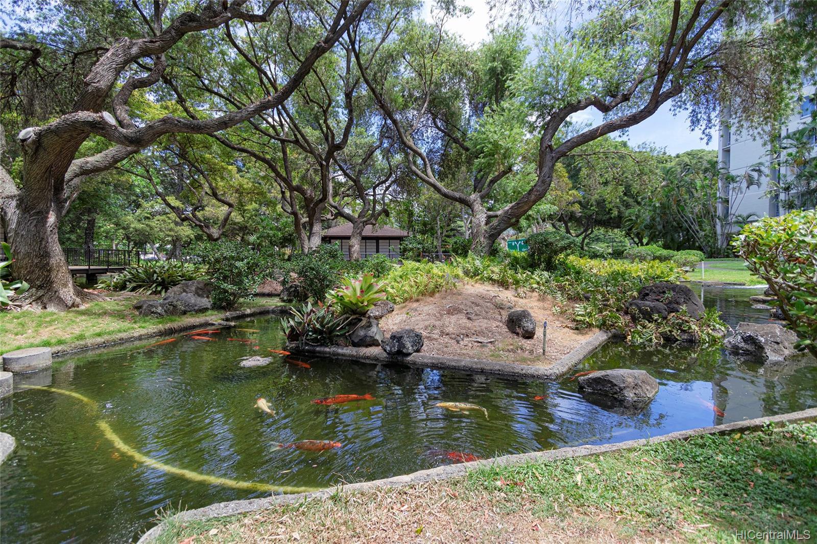 Queen Emma Gardens condo # 1130, Honolulu, Hawaii - photo 16 of 25