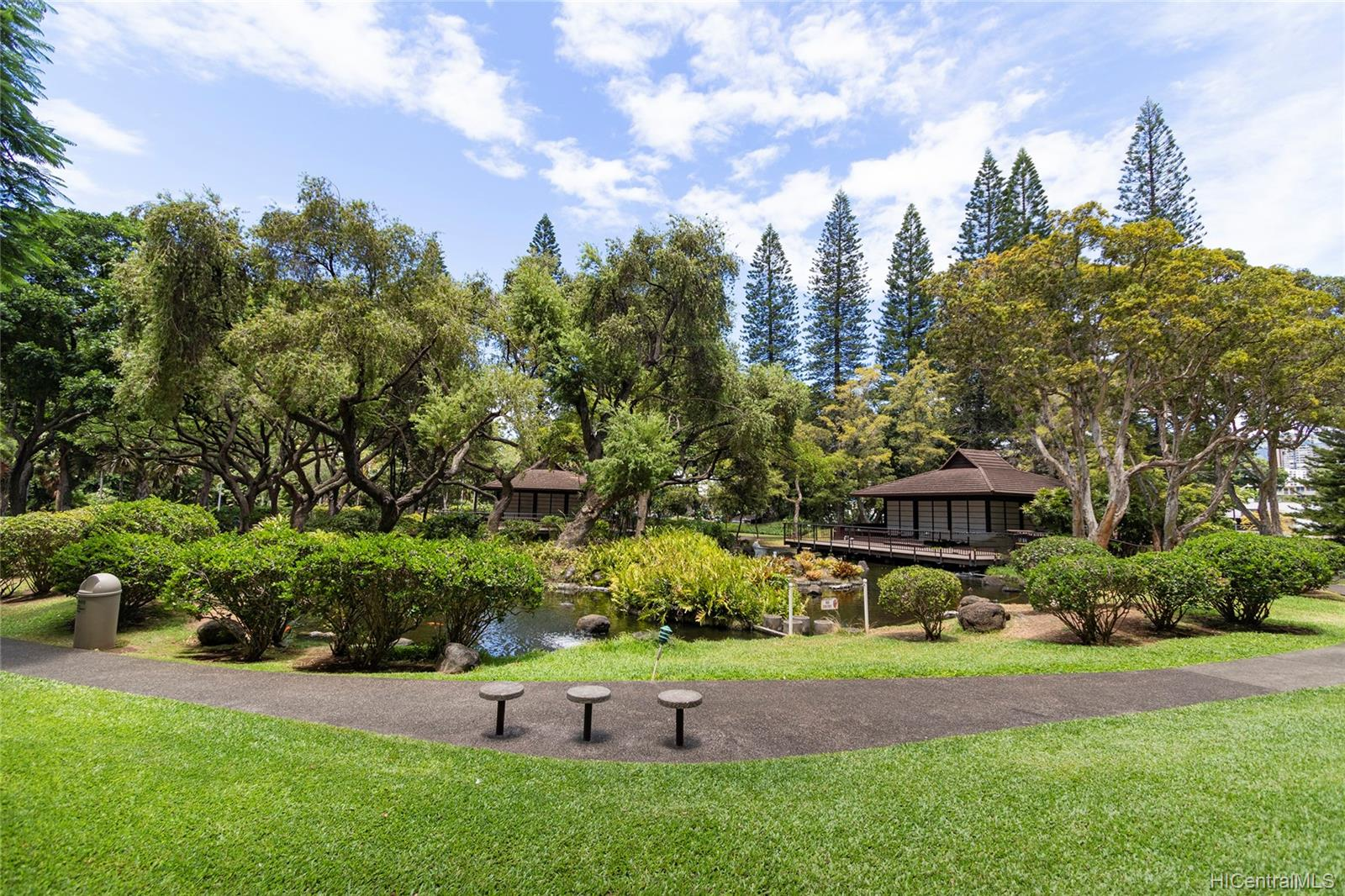 Queen Emma Gardens condo # 1130, Honolulu, Hawaii - photo 17 of 25