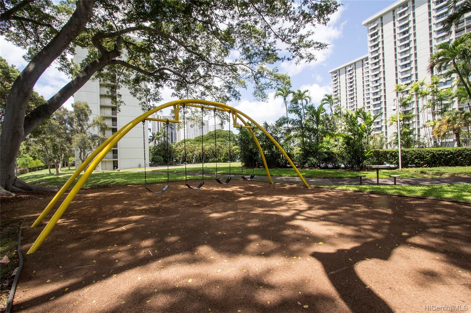 Queen Emma Gardens condo # 1130, Honolulu, Hawaii - photo 22 of 25