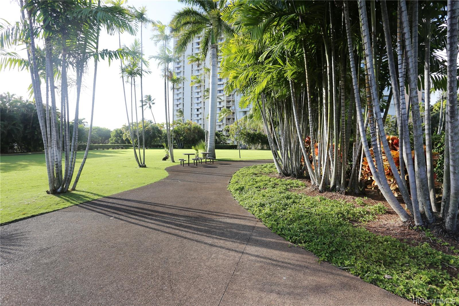 Queen Emma Gardens condo # 1132, Honolulu, Hawaii - photo 16 of 25