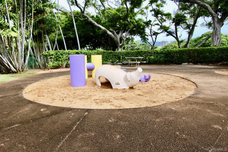 Queen Emma Gardens condo # 926, Honolulu, Hawaii - photo 19 of 20