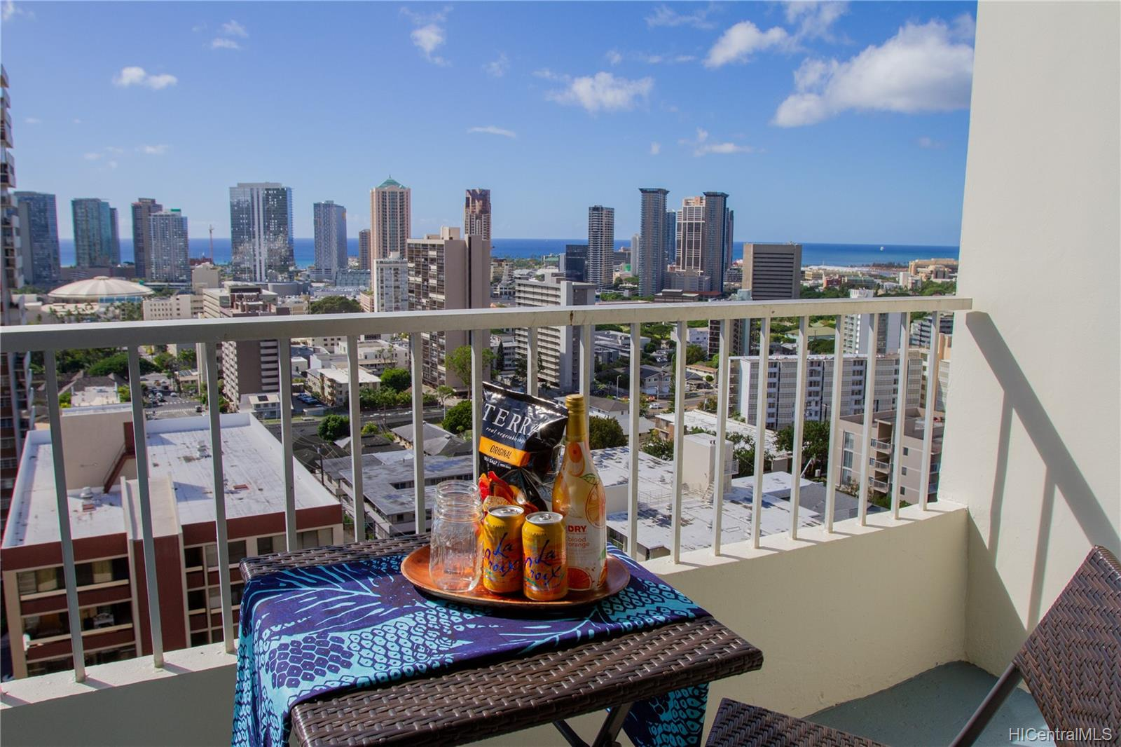Sky Tower Apts condo # 1202, Honolulu, Hawaii - photo 19 of 20