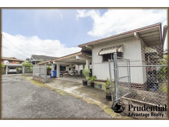 1516 Kamehameha Iv Rd Kalihi-lower, Honolulu home - photo 1 of 11