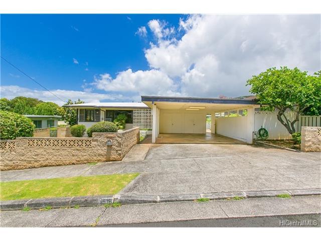 1518  Mahiole St Moanalua Gardens, Honolulu home - photo 1 of 14
