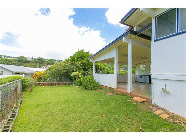 1518  Mahiole St Moanalua Gardens, Honolulu home - photo 3 of 14