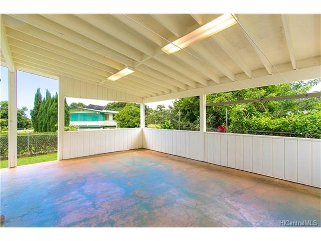 1518  Mahiole St Moanalua Gardens, Honolulu home - photo 4 of 14