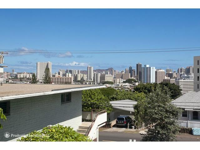 1520  Thurston Ave Punchbowl Area, Honolulu home - photo 15 of 15