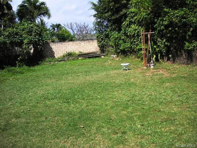 154  Kaiholu St Koolaupoku, Kailua home - photo 1 of 8