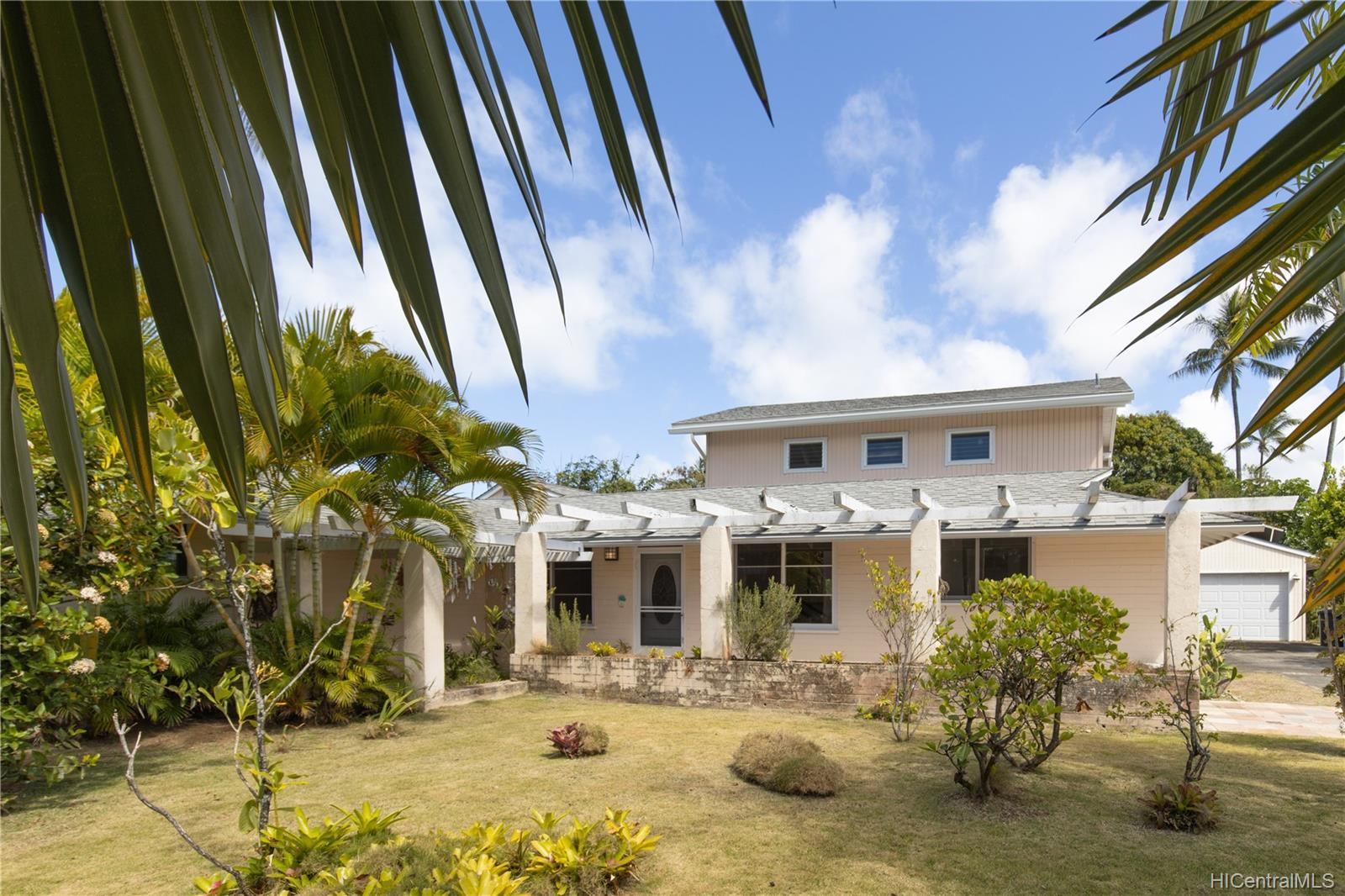 155  Kuupua Street Kuulei Tract, Kailua home - photo 1 of 25